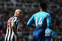 Jonjo Shelvey of Newcastle United looks towards Pierre-Emerick Aubameyang of Arsenal during Newcastle United vs Arsenal, Premier League Football at St. James' Park on 15th April 2018