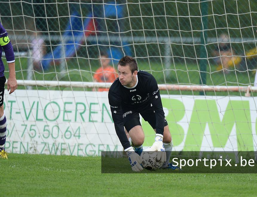 FC Helkijn : Jordy Coolsaet <br /> foto VDB / BART VANDENBROUCKE