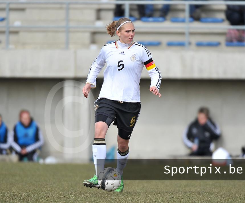 Belgie U17 - Duitsland U17 : Johanna Tietge (C).foto DAVID CATRY / Vrouwenteam.be
