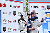 IMSA WeatherTech SportsCar Championship<br /> Chevrolet Sports Car Classic<br /> Detroit Belle Isle Grand Prix, Detroit, MI USA<br /> Saturday 3 June 2017<br /> 93, Acura, Acura NSX, GTD, Andy Lally, Katherine Legge, Michael Shank<br /> World Copyright: Richard Dole<br /> LAT Images<br /> ref: Digital Image RD_DTW_17_0400