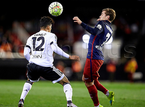 06.03.2016. Mestalla Stadium, Valencia, Spain. La Liga match between Valencia versus Atletico Madrid.  Midfielder Danilo Barbosa of Valencia CF (L) duels for the ball with Forward Griezmann of Atletico Madrid