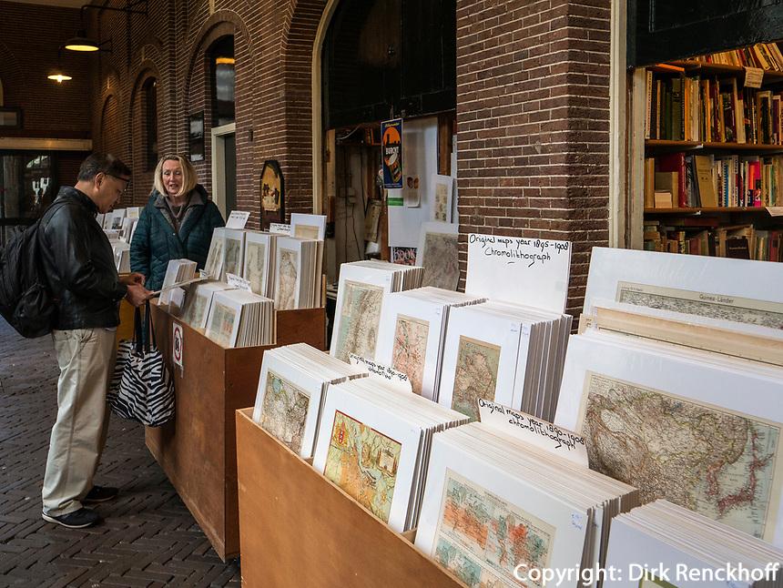 Oudemanhuispoort  B&uuml;cherarkaden, Amsterdam, Provinz Nordholland, Niederlande<br /> Oudemanhuispoort book arcades), Amsterdam, Province North Holland, Netherlands