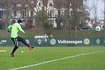 14.01.2018, Trainingsgelaende, Bremen, GER, 1.FBL, Training SV Werder Bremen<br /> <br /> im Bild<br /> Luca Caldirola (Werder Bremen #3), <br /> <br /> Foto &copy; nordphoto / Ewert