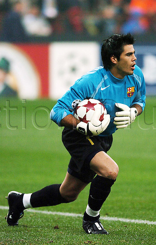 20.10.2004  Victor Valdes (FC Barcelona), Keeper Champions League 2004/2005