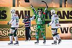 Stockholm 2014-03-05 Bandy SM-semifinal 3 Hammarby IF - V&auml;ster&aring;s SK :  <br /> Hammarbys Stefan Erixon jublar och str&auml;cker armarna i luften efter att ha gjort 5-3 p&aring; straff i slutet av matchen <br /> (Foto: Kenta J&ouml;nsson) Nyckelord:  VSK Bajen HIF jubel gl&auml;dje lycka glad happy