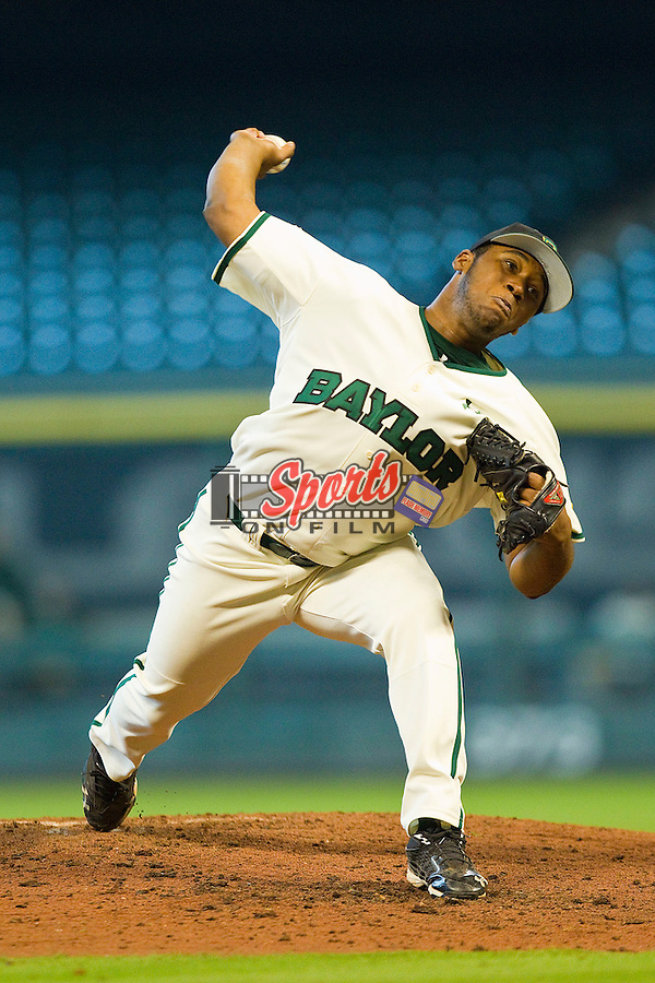 Trae Davis #3 of the Baylor Bears in action against the Utah Utes at Minute Maid Park on March 5, 2011 in Houston, Texas.  Photo by Brian Westerholt / Four Seam Images