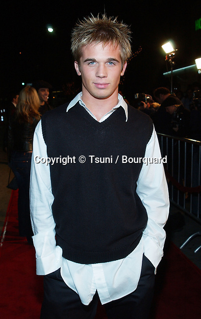 Cam Gigante arriving at the premiere of Kate & Leopold at the Mann Bruin Theatre in Westwood, Los Angeles. December 11, 2001.            -            GiganteCam17.jpg