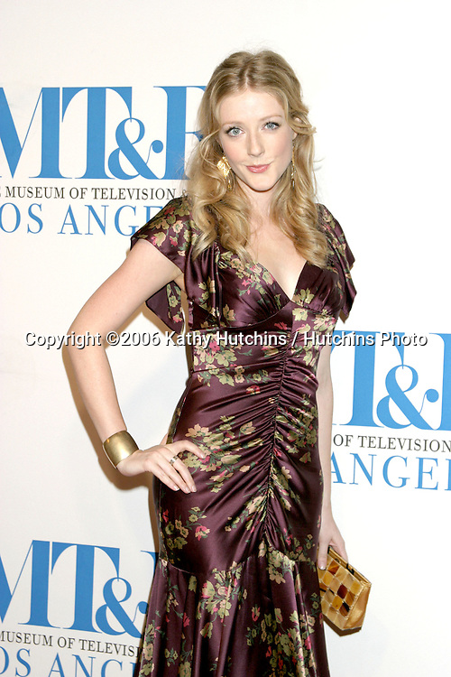 Jennifer Finnigan.Museum of TV & Radio Annual Gala IHO Les Moonves and Jerry Bruckheimer.Regent Beverly Wilshire Hotel.Beverly Hills, CA.October 30, 2006.©2006 Kathy Hutchins / Hutchins Photo....