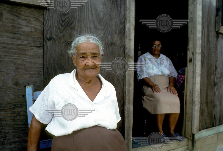 DOMINICAN REPUBLIC.Residents of Pantohas, outside Santo Domingo