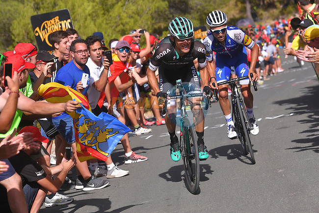 Rafal Majka (POL) Bora-Hansgrohe and Julian Alaphilippe (FRA) Quick-Step Floors climb the 22% Alto Xorret de Cat&iacute; during Stage 8 of the 2017 La Vuelta, running 199.5km from Hell&iacute;n to Xorret de Cat&iacute;. Costa Blanca Interior, Spain. 26th August 2017.<br /> Picture: Unipublic/&copy;photogomezsport | Cyclefile<br /> <br /> <br /> All photos usage must carry mandatory copyright credit (&copy; Cyclefile | Unipublic/&copy;photogomezsport)