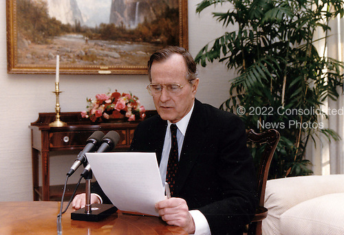 United States President George H.W. Bush delivers an address to the nation by radio from the  White House in Washington, DC on January 5, 1991.<br /> Mandatory Credit: Carol T. Powers / White House via CNP