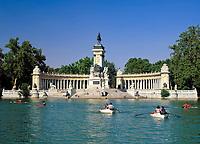 Spanien, Kastilien, Madrid: Monumento a Alfonso XII im Parque del Retiro | Spain, Castile, Madrid: Monumento a Alfonso XII at Parque del Retiro