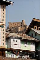 The Durrani fort at Hari Parbat, overlooking the city of Srinagar, Kashmir,India. © Fredrik Naumann/Felix Features