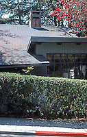 Bernard Maybeck: Mathewson House, 1916. Side of house. Photo '76.