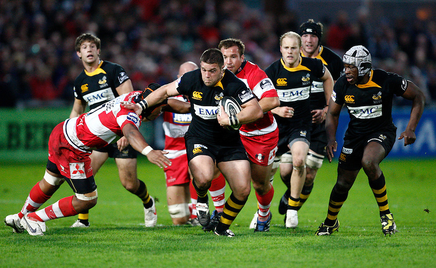 Photo: Richard Lane/Richard Lane Photography. Gloucester Rugby v London Wasps. Guinness Premiership. 24/10/2009. Wasps' Ben Broster attacks.