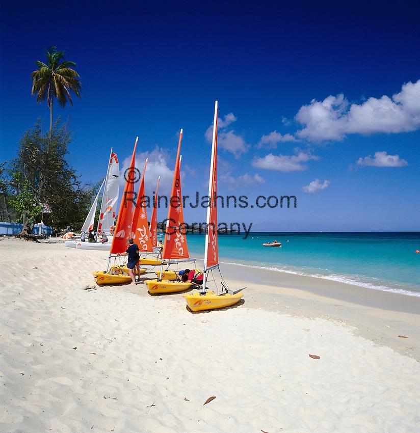 Karibik, Kleine Antillen, Grenada: Grand Anse Beach | Caribbean, Lesser Antilles, Grenada: Grand Anse Beach with Dinghies