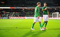FUSSBALL   1. BUNDESLIGA   SAISON 2011/2012   23. SPIELTAG SV Werder Bremen - 1. FC Nuernberg                   25.02.2012 Clemens Fritz (SV Werder Bremen) und Claudio Pizarro (SV Werder Bremen)  sind nach dem Abpfiff enttaeuscht