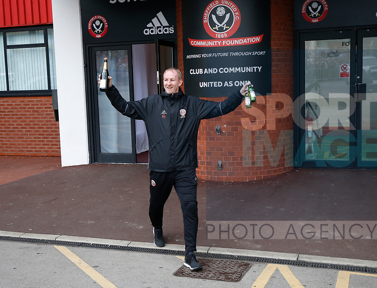 Alan Knill makes his way to the open top bus parade from Bramall Lane Stadium to Sheffield Town Hall, Sheffield. Picture date: May 2nd 2017. Pic credit should read: Simon Bellis/Sportimage