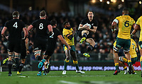 Ben Smith takes high ball during the Bledisloe Cup and Rugby Championship rugby match between the New Zealand All Blacks and Australia Wallabies at Eden Park in Auckland, New Zealand on Saturday, 25 August 2018. Photo: Simon Watts / lintottphoto.co.nz