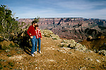 AZ, Arizona, Couple, no model release, at Grand Canyon National Park, Arizona.Photo Copyright: Lee Foster, lee@fostertravel.com, www.fostertravel.com, (510) 549-2202.azgran211