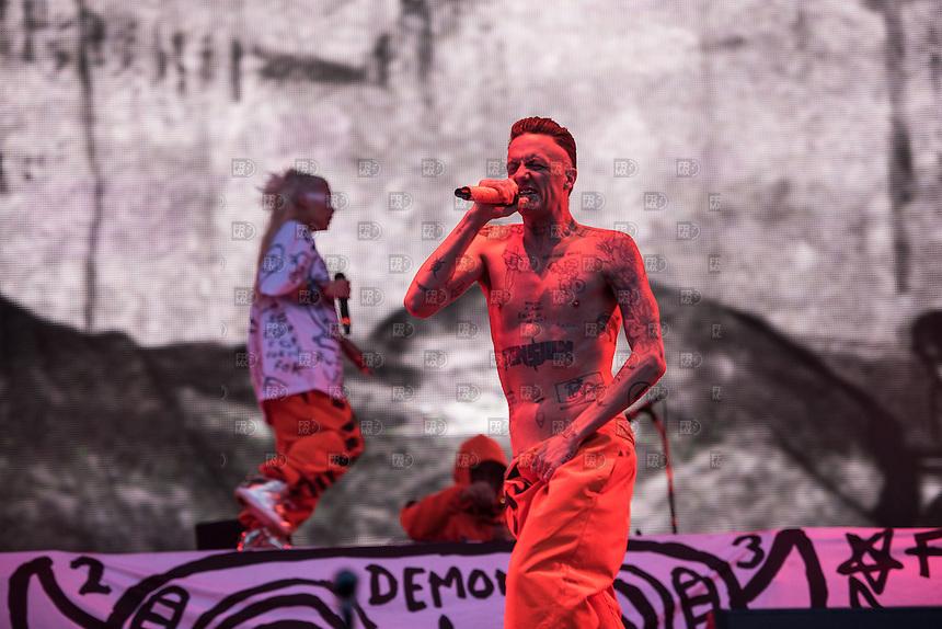 CIUDAD DE MEXICO, D.F. 15  Marzo.- El grupo Die Antwoord durante el Vive Latino 2015 en el Foro Sol,  el 15 de Marzo de 2015.  FOTO: ALEJANDRO MELENDEZ