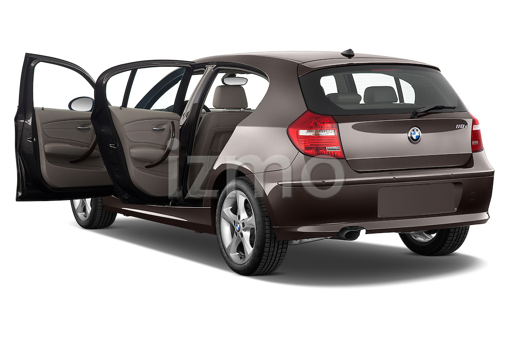 Rear three quarter door view of a 2004 - 2011 BMW 1-Series 118i 5 Door Hatchback 2WD.