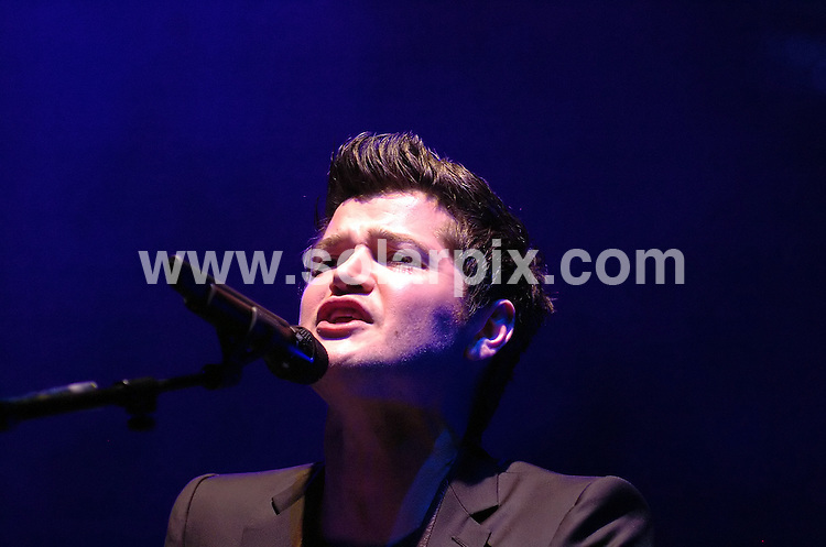 **ALL ROUND PICTURES FROM SOLARPIX.COM**.**WORLDWIDE SYNDICATION RIGHTS**.The Script perform live in concert at the Manchester Apollo, Manchester, UK. 8 February 2009..This pic: Keane..JOB REF: 8421 SGD     DATE: 08_02_2009.**MUST CREDIT SOLARPIX.COM OR DOUBLE FEE WILL BE CHARGED**.**ONLINE USAGE FEE  GBP 50.00 PER PICTURE - NOTIFICATION OF USAGE TO PHOTO @ SOLARPIX.COM**