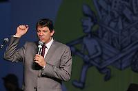 SAO PAULO, SP, 01.12.2014 - EXPO CATADORES - Fernando Haddad prefeio de Sao Paulo durante a abertura da Expo Catadores no Pavilhao do Anhembi nesta segunda-feira, 01. (foto: Vanessa Carvalho / Brazil Photo Press).