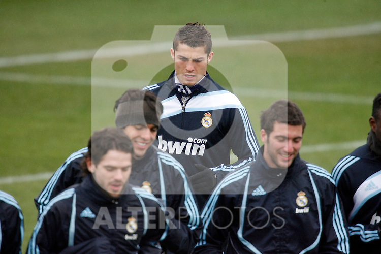 Madrid (25/02/10).-Entrenamiento del Real Madrid..Cristiano Ronaldo...© Alex Cid-Fuentes/ ALFAQUI..Madrid (25/02/10).-Training session of Real Madrid c.f..Cristiano Ronaldo...© Alex Cid-Fuentes/ ALFAQUI.