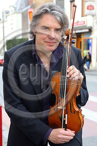 HIRSON - FRANCE - 30 MARCH 2007 -- Didier LOCKWOOD, French jazz violinist. -- PHOTO: Hans WESTERLING / EUP-IMAGES