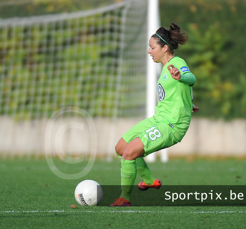 20161105 - MOENCHENGLADBACH , GERMANY : Wolfsburg's Vanessa Bernauer pictured during an Allianz Frauen Bundesliga game between Borussia Mönchengladbach and Vfl Wolfsburg during the 7th spieltag - game for the 2016-2017 Allianz Frauen-Bundesliga season , Saturday 5 th November 2016 ,  PHOTO Dirk Vuylsteke | Sportpix.Be