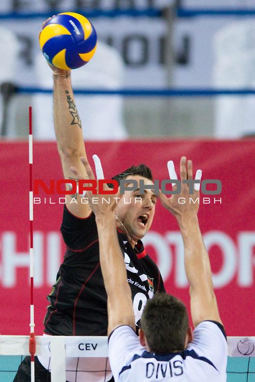 08.05.2012, Armeec Arena, Sofia, BUL, Olympiaqualifikation Volleyball, Vorrunde, Deutschland (GER) vs. Slowakei (SVK), im Bild Georg Grozer (#9 GER / Belgorod RUS) - Lukas Divis (#18 SVK) // during the 2012 Olympic Games European Qualification at Armeec Arena, Sofia, BUL, Germany (GER) vs. Slovakia (SVK), 2012-05-08. Foto © nph / Kurth *** Local Caption ***