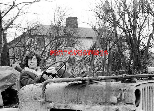 Traffic 1967 Steve Winwood at cottage in Aston Tirrold, Berkshire