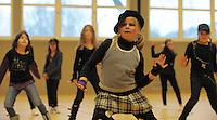 Die Tanzgruppe DANCING KIDS tanzt am Samstag, 13.02.10, in Herten. In der Ludgerus-Sporthalle stellte sich der Koronarsportverein vor.<br /> Foto: Rainer Raffalski / WAZ FotoPool
