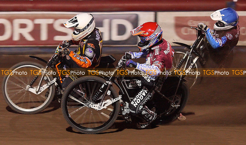 Ludvig Lindgren (white), Lee Richardson (red) and Stuart Robson (blue) - Lakeside Hammers vs Wolverhampton Wolves, Elite League Speedway at the Arena Essex Raceway, Purfleet - 20/08/10 - MANDATORY CREDIT: Rob Newell/TGSPHOTO - Self billing applies where appropriate - 0845 094 6026 - contact@tgsphoto.co.uk - NO UNPAID USE.