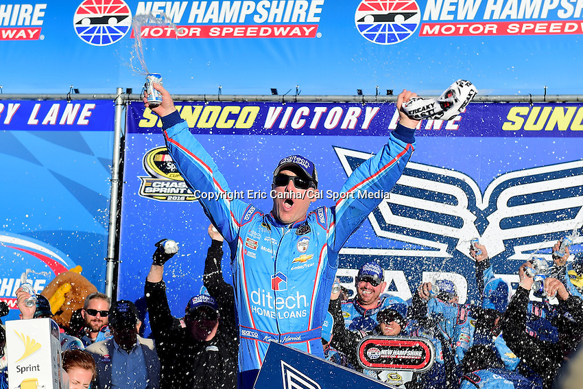 Sunday, September 25, 2016: Sprint Cup Series driver Kevin Harvick (4) celebrates winning the NASCAR Sprint Cup Series Bad Boy Off Road 300 race held at the New Hampshire Motor Speedway in Loudon, New Hampshire. Eric Canha/CSM