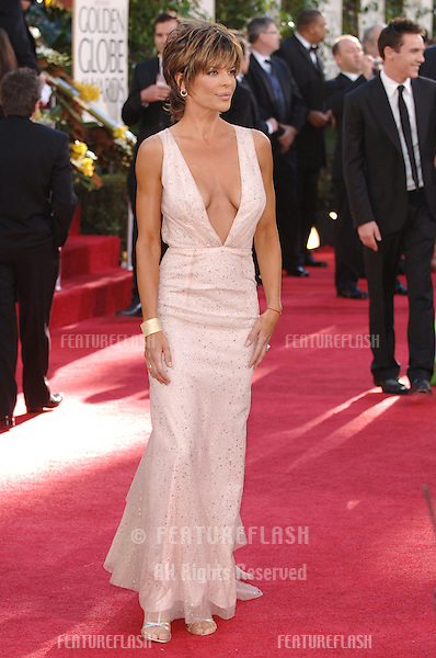 LISA RINNA at the 63rd Annual Golden Globe Awards at the Beverly Hilton Hotel..January 16, 2006  Beverly Hills, CA.© 2006 Paul Smith / Featureflash