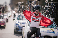 Is it a plane?<br /> Is it a bird? <br /> No it's superman Thomas de Gendt (BEL/Lotto-Soudal) !<br /> <br /> 50th GP Samyn 2018<br /> Quaregnon &gt; Dour: 200km (BELGIUM)
