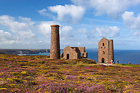 United Kingdom, England, Cornwall, near St. Agnes: Ruin of Wheal Coates tin mine on the North Cornwall coast | Grossbritannien, England, Cornwall, bei St. Agnes: Ruinen der Wheal Coates Zinnmine an Cornwalls Nordkueste