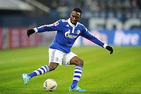 FUSSBALL   1. BUNDESLIGA   SAISON 2011/2012   20. SPIELTAG FC Schalke 04 - FSV Mainz 05                                  04.02.2012 Chinedu Obasi (FC Schalke 04) Einzelaktion am Ball