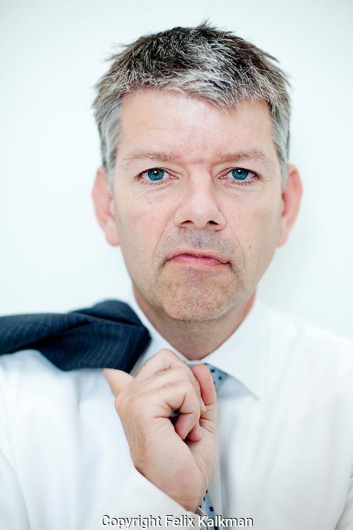Den Haag, 15 juli 2010.Eric van Winsen, directeur Bouwfonds regio Zuid West,.gefotografeerd in de voormalige Caballerofabriek..Foto Felix Kalkman