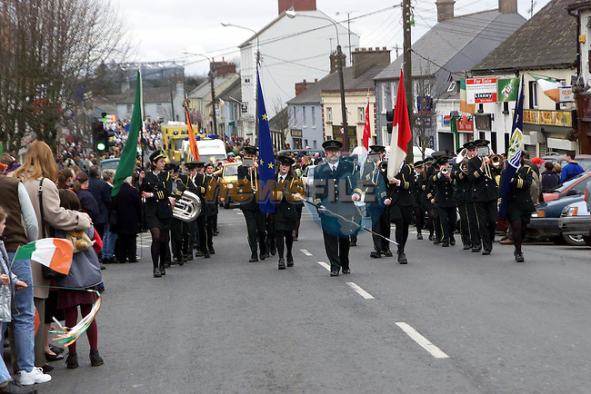 The St. Patrick's day parade makes it's way through Ardee..Picture Newsfile