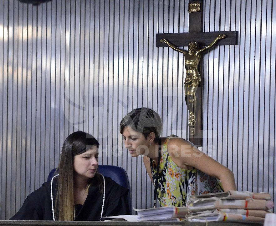 SANTO ANDRE, SP, 15 DE FEVEREIRO 2012 - JULGAMENTO LINDEMBERG ALVES - CASO ELOA - A Juiza Milena Dias no Forum de Santo Andre onde Lindemberg Alves, de 25 anos, pode prestar depoimento, no terceiro e provável último dia do júri do caso Eloá. Ele é acusado pela morte da ex- namorada Eloá Cristina Pimentel, de 15 anos, em um conjunto habitacional de Santo André, em outubro de 2008. (FOTO: ADRIANO LIMA - BRAZIL PHOTO PRESS).