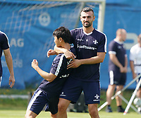 Seungho Paik (SV Darmstadt 98) und Serdar Dursun (SV Darmstadt 98) machen Spaß im Training - 01.08.2020: SV Darmstadt 98 Trainingsauftakt, Stadion am Boellenfalltor, 2. Bundesliga, emonline, emspor<br /> <br /> DISCLAIMER: <br /> DFL regulations prohibit any use of photographs as image sequences and/or quasi-video.