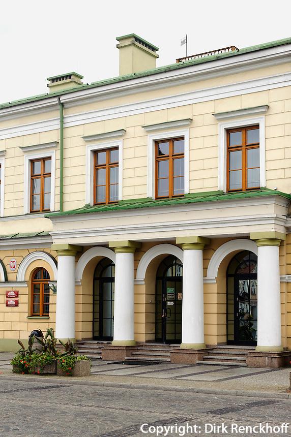 Klassizistisches Rathaus in Suwalki, Woiwodschaft Podlachien (Wojew&oacute;dztwo podlaskie), Polen, Europa<br /> classicistic townhall  in Suwalki, Poland, Europe
