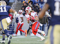 Annapolis, MD - November 11, 2017: Southern Methodist Mustangs wide receiver Trey Quinn (18) catches a touchdown pass during the game between SMU and Navy at  Navy-Marine Corps Memorial Stadium in Annapolis, MD.   (Photo by Elliott Brown/Media Images International)
