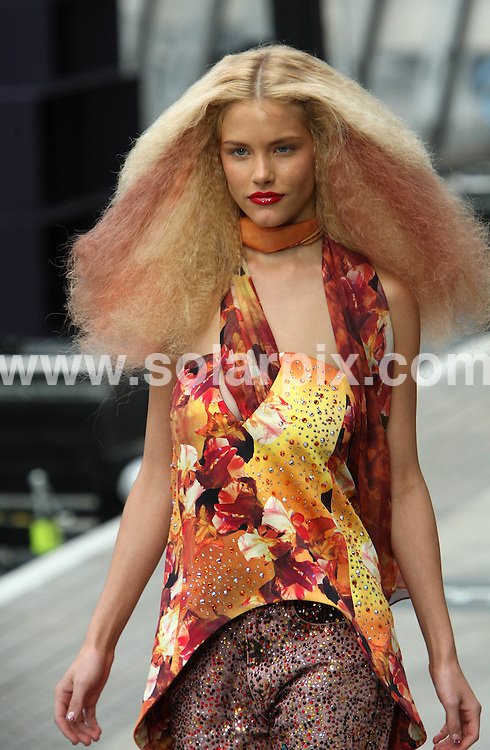 **ALL ROUND PICTURES FROM SOLARPIX.COM**                                             **WORLDWIDE SYNDICATION RIGHTS**                                                                                  Caption:   London Fashion Week.                                                                            ..This pic: Top Shop Collection                                                                                       ..JOB REF:  12123     MLW       DATE:  18.09.10                                                        **MUST CREDIT SOLARPIX.COM OR DOUBLE FEE WILL BE CHARGED****MUST AGREE FEE BEFORE ONLINE USAGE**                               **CALL US ON: +34 952 811 768 or LOW RATE FROM UK 0844 617 7637**