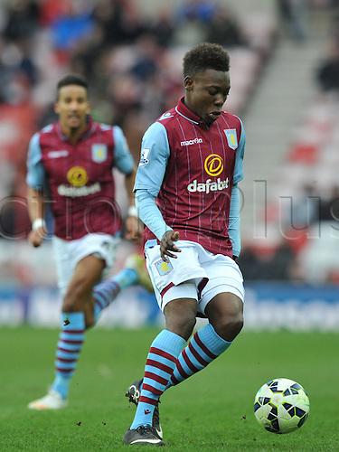 14.03.2015.  Sunderland, England. Barclays Premier League. Sunderland versus Aston Villa. Rushian Hepburn-Murphy controls the ball