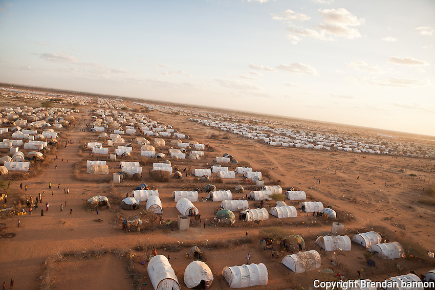 Ifo extension, a new camp in the  UNHCR refugee camp complex in Dadaab, Kenya. The camp was created to give shelter and services to the huge influx of refugees to Dadaab refugee camps from Somalia in 2011. October, 2011. Brendan Bannon/IOM/UNHCR