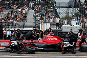 2017 Verizon IndyCar Series - Firestone Grand Prix of St. Petersburg<br /> St. Petersburg, FL USA<br /> Sunday 12 March 2017<br /> Mikhail Aleshin pit stop<br /> World Copyright:Sam Cobb/LAT Images<br /> ref: Digital Image cobb-stpete-170312-4434